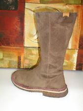 Camper Women's Boots Knee High  Tan Size EU 36US 5.5 Crepe Soles