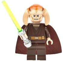 LEGO STAR WARS MINIFIGURE SAESEE TIIN WITH CAPE & GREEN-YELLOW LIGHTSABER 9526