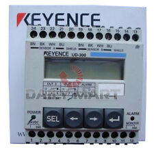 Keyence UD-300 Ultrasonic Displacement Sensor Amplifier Unit Series Controller
