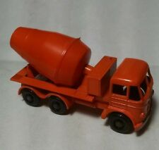 Matchbox Regular Wheel 26B Foden Concrete Truck BPW 1961