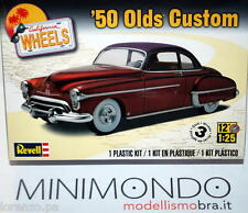 KIT 1950 OLDSMOBILE CUSTOM 1/25 REVELL MONOGRAM 4022 04022