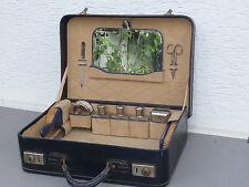 Reisekoffer / Necessaire-Koffer, Leder, mit Glas-Flacons, antik, versch. Zubehör