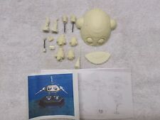 Batteries not Included resin model robot kit. FREE SHIPPING IN USA