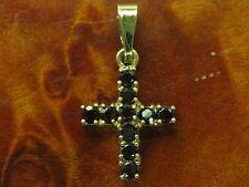 8kt 333 GIALLO ORO rimorchio in forma di croce con guarnizione in granata 0,50ct/1,8g