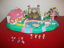 Polly pocket Magical Movin Pollyville 1996 avec figurines d'origine
