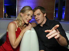PHOTO DEXTER- JULIE BENZ ET MICHAEL C. HALL /11x15 CM #1A