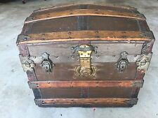 ANTIQUE STEAMER RARE HALF TRUNK VINTAGE FANCY ARTS & CRAFTS STYLE DOME TOP