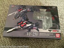 Macross Frontier VF-25F Armored Messiah Valkyrie Alto Custom 1/100 Scale