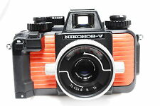 Nikon Nikonos V Underwater Film Camera w/ 35mm f/ 2.5 Lens from Japan #670