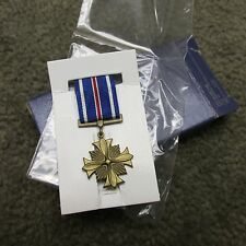 US MILITARY DISTINGUISHED FLYING CROSS MINIATURE MEDAL INSIGNIA DATED 7/1983