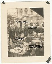 Bella donna a Genova Italia CAFE città foto case