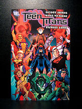 COMICS: DC: Teen Titans: Family Lost tradepaperback Vol #2 (2004) - (batman)