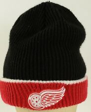Detroit Red Wings NHL Hockey beanie embroidered Black Red New Era