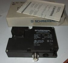 SCHMERSAL NO Lens 1164207 NEW AZM 161SK-12/12RK-024 KEYED SAFETY SWITCH Used