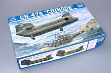 Trumpeter 05104 1/35 CH-47A Chinook Helicopter