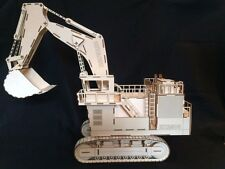 Laser Cut Wooden Excavator 3D Model/Puzzle Kit