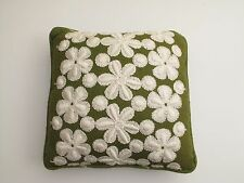 VTG MCM SQUARE OLIVE GREEN W/ WHITE DAISIES SOFA CHAIR THROW PILLOW 1960'S RAYON