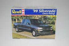 REVELL 1:25 SCALE '99 SILVERADO CHEVY PICKUP TRUCK PLASTIC MODEL KIT # 85-7646