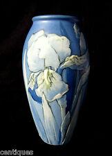 """Weller Hudson KKT  Irises 7"""" American Art Pottery Vase * Artist Signed PILLSBURY"""