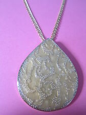 Vintage Look Pale Gold Coloured Baroque Teardrop Necklace Brand New