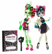 ROCHELLE GOYLE & VENUS MC FLYTRAP ZOMBIE SHAKE MONSTER HIGH DOLL