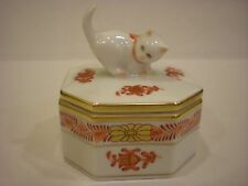 Vintage Herend Hungary Cat Trinket Box White With Rust Design and Gold Trim #114