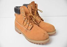 Levis Harrison Wheat Leather Suede Lace Up Boots 51642911B Men 9 / 42.5