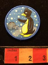 SNOW PENGUIN SNOWFLAKES Fun Cartoon Animal Patch w/ Velcro Back 69WE