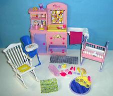 %***Guter Zustand*Barbie Happy Family Babyzimmer*Zubehör**%