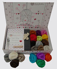 Heidifeathers Needle Felting Kit - Merino + Natural Wool