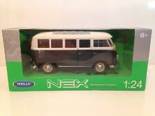1963 Volkswagen T1 Bus Green & White 1:24 Scale WELLY 22095G New
