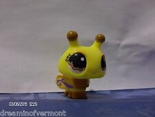 Littlest Pet Shop YellowBrown Bumblebee with YellowPurple Wings Brown Eyes #1135