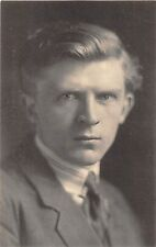 BF40994 willem putman writer   Famous People World leaders