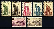 TOGO - 1941 - Scene dal Togo. Schiacciamento del miglio - Baia