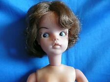 VINTAGE ANNI' 60 PEDIGREE Sindy Doll made in Inghilterra Weekenders OUTFIT SWITCH BOOK