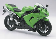 NIB New-Ray Kawasaki ZX10R green 1:12 diecast model toy
