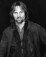 Mortensen, Viggo [Lord of the Rings] (36208) 8x10 Photo