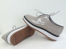 New Vince Womens Reed Patent Oxford Leather Oxfords Platform Taupe Size 6.5M