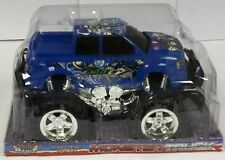Blue Super Extreme Monster Truck Mania