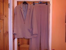 EXCELLENT CONDITION -M&S AUTOGRAPH BIEGE  LINED TWO PIECE TROUSER SUIT SIZE 12