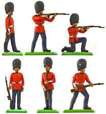 Britains Deetail Scots Guards - Painted Plastic Toy Soldiers set 7250
