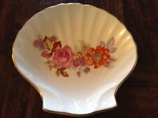 Seashell shaped bone china dish
