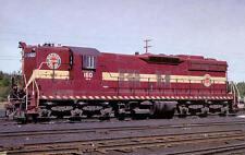 Duluth, Missabe & Iron Range SD9 diesel locomotive train railroad postcard