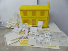 1985 Ideal Doll House Colonial Play N Carry Set New / Old Stock in Original Box