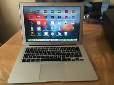 "Apple Macbook Air 13"" 1.8Ghz -Core i7 - 4GB RAM - 256GB SSD + Softwares"