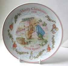 Wedgwood : PETER RABBIT :  Christmas Plate  : 1998 : New