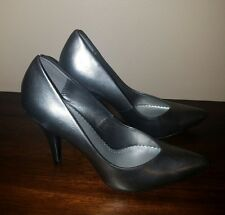 Fioni Silver Classic Pumps High Heels Size 7