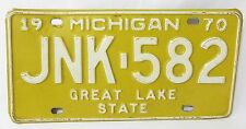 car license plates 1970 michigan auto tin vintage #JNK 582  great lake state