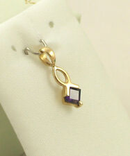 Sassi DGA1021 Ladies 9ct 375 Yellow Gold Princess Cut Real Amethyst Pendant