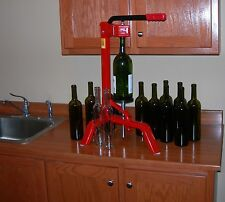 FLOOR CORKER for HOME WINE MAKING KIT EASILY CORKS ALL SIZE WINE BOTTLES FERRARI